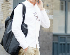 white-shirt-black-satchel-chinos--770x395